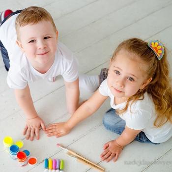 Детская фотосессия с красками