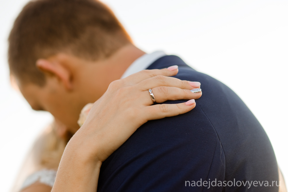 Свадебная прогулка на закате Шато Пино Новороссийск