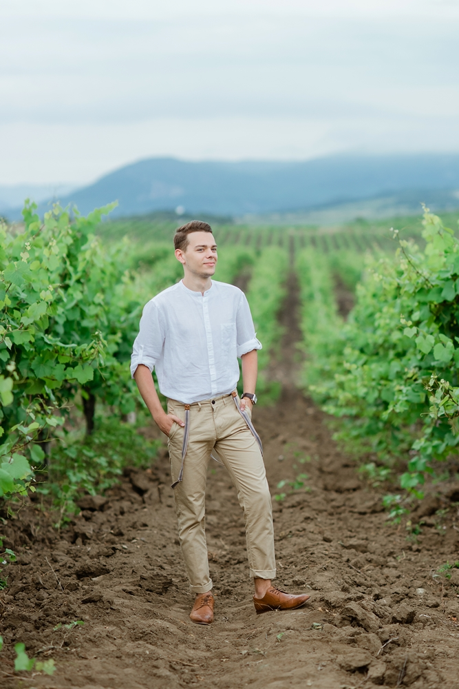 Свадебная фотосессия в виноградниках Крым