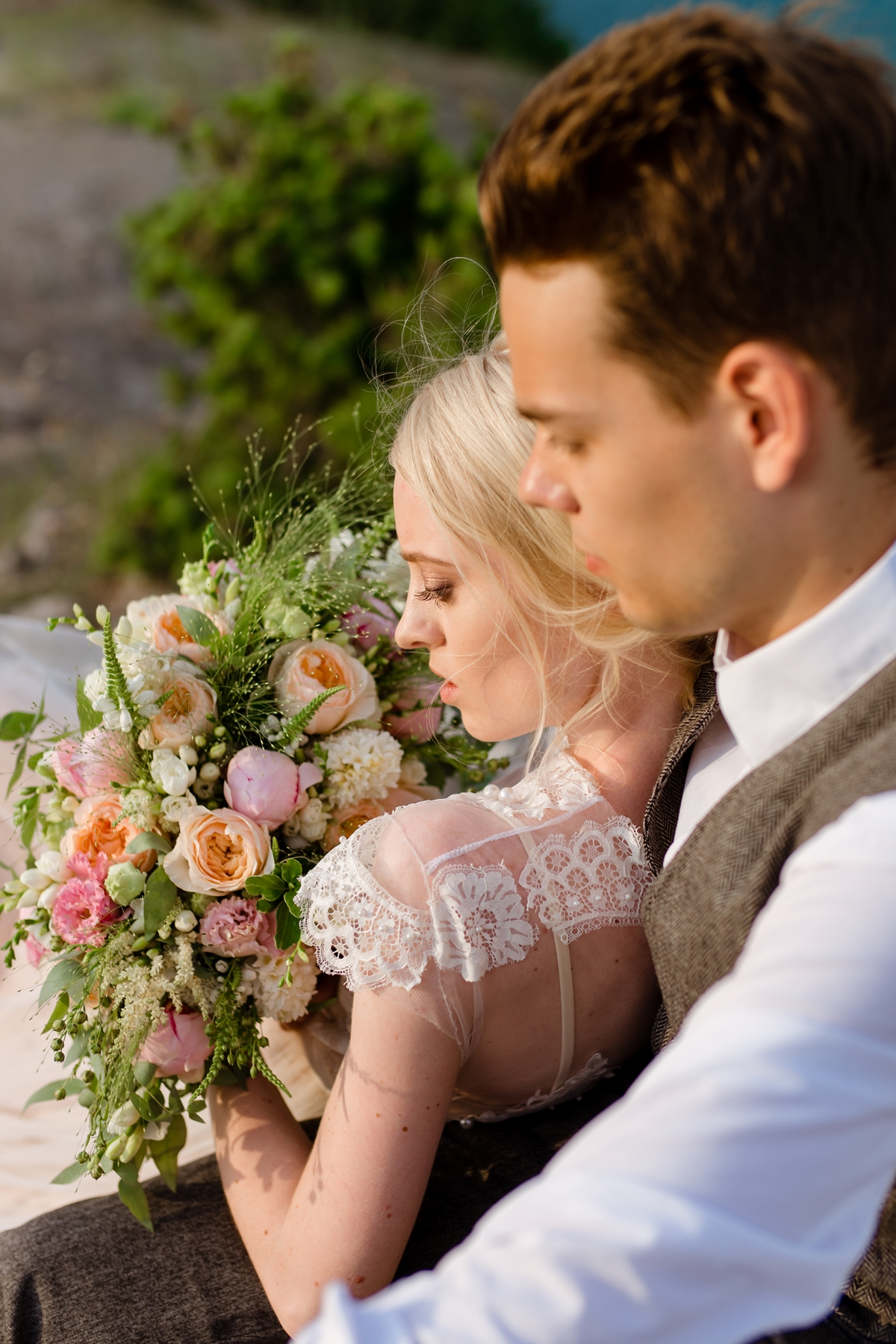 Свадебная фотосессия в бухте Крым