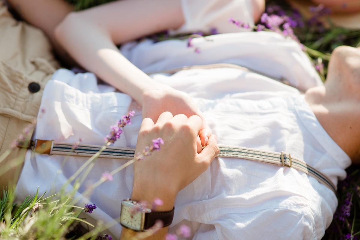 Свадебная фотосессия лавандовых полях Крым